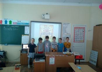 Для учеников начальной школыпрошел праздник «Масленица»